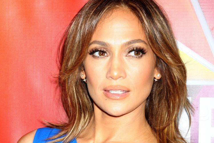 Cum arată Jennifer Lopez fără machiaj la 51 de ani - FOTO