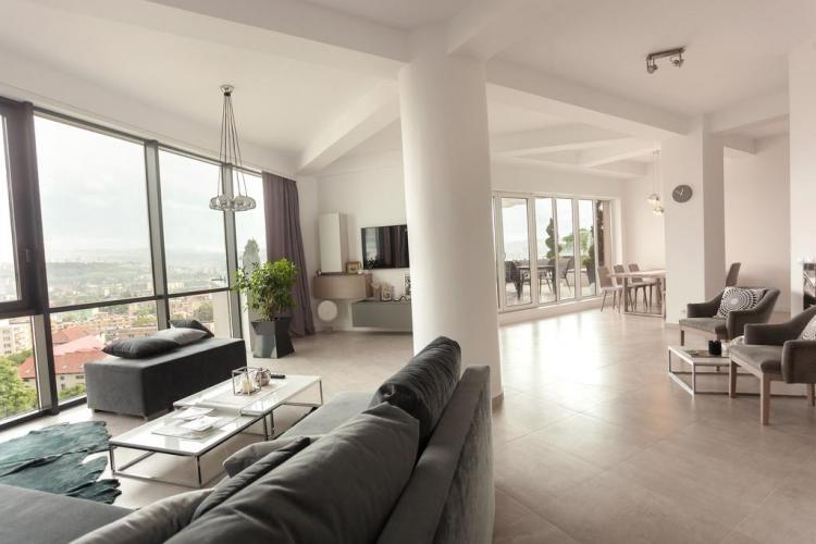 Un clujean își poate cumpăra un apartament în 12 ani din salariu. Clujul e cel mai scump oraș din țară