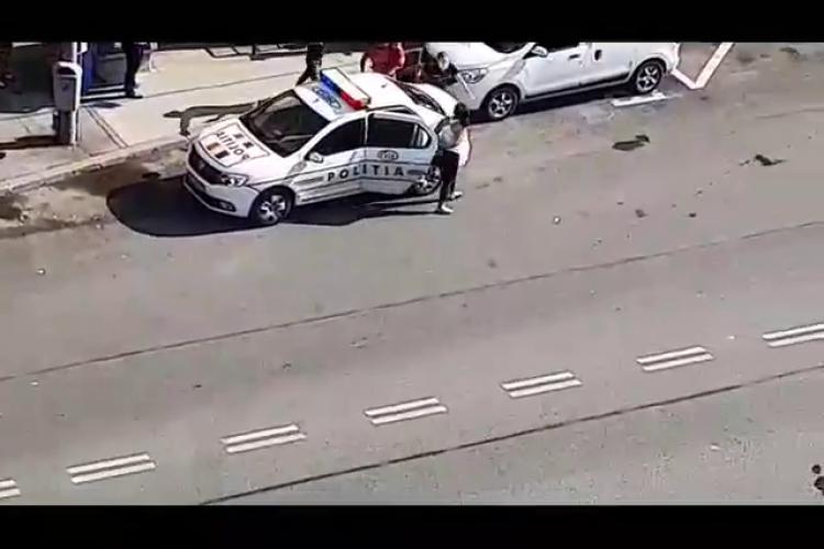 Romii s-au opus arestării pe Calea Florești, în Mănăștur. O femeie a încercat să fugă - VIDEO