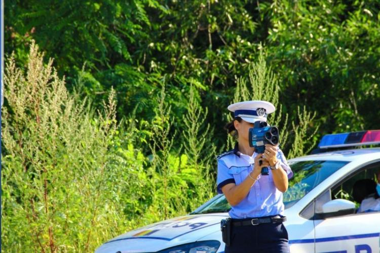 Razie în trafic la Cluj-Napoca. Polițiștii au verificat și dacă se poartă masca în mijloacele de transport în comun