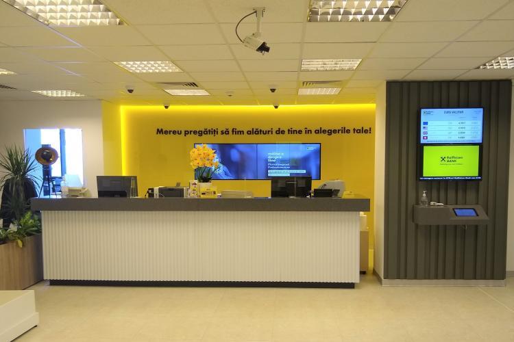 """Raiffeisen Bank deschide prima agenție în Cluj-Napoca, amenajată pe baza conceptului de """"Noua Generație"""""""