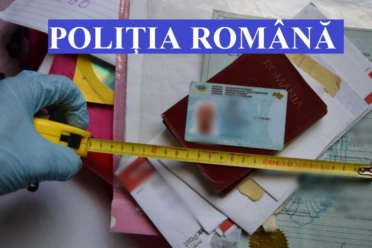 Acte false găsite la romii din Huedin! Erau folosite pentru a scăpa de poliție în trafic - FOTO
