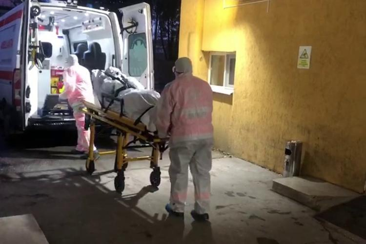 Explozie de cazuri noi de COVID-19 la Cluj: 53 de persoane confirmate pozitiv și un deces în ultimele 24 de ore