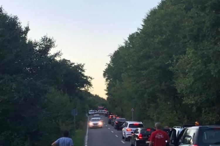 Traficul a fost blocat pe drumul Sf. Ion, din cauza unui accident FOTO