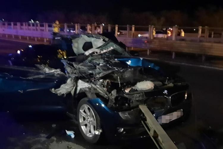 Copil de doi ani din Cluj mort în accident pe Autostrada A1 București-Pitești. Un TIR a tăiat calea BMW -ului - VIDEO
