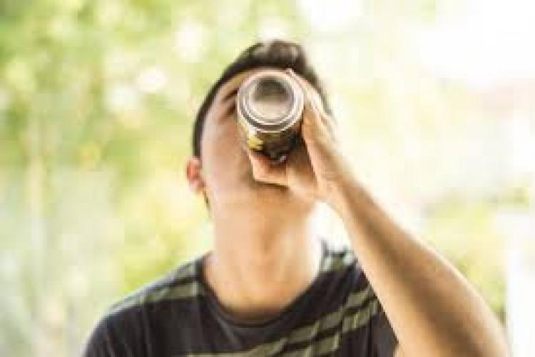 Băuturile energizante, interzise minorilor? Ce anunță Ministerul Sănătății