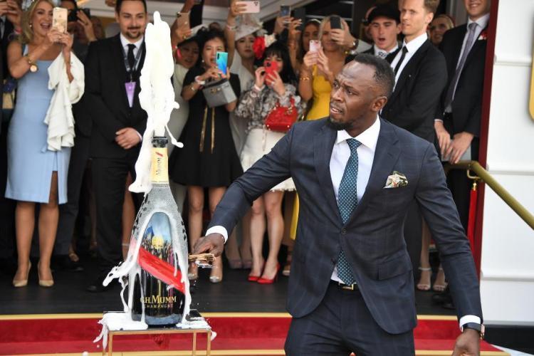 Usain Bolt are COVID-19, fiind diagnosticat după petrecerea de ziua lui