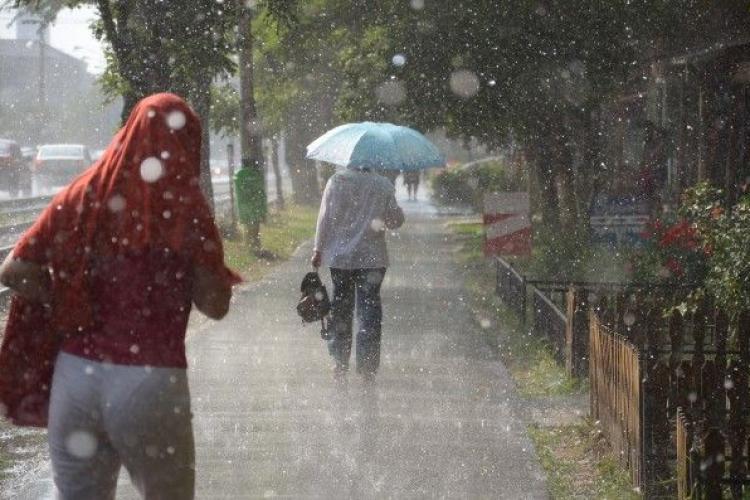 Anunț al meteorologilor! Cât ține ploaia la Cluj