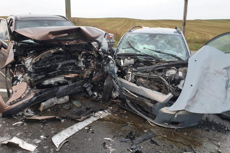 Accident grav pe un drum din Cluj. Mașinile s-au făcut PRAF FOTO/VIDEO