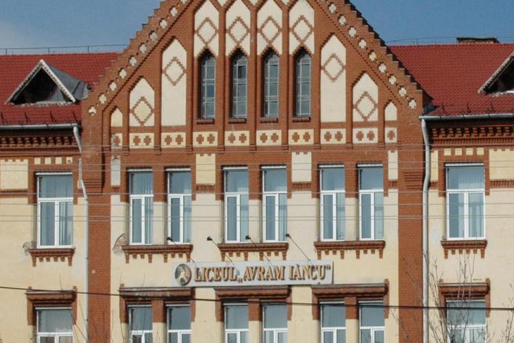 """Liceul Teoretic """"Avram Iancu"""" Cluj-Napoca începe școala într-un singur schimb"""