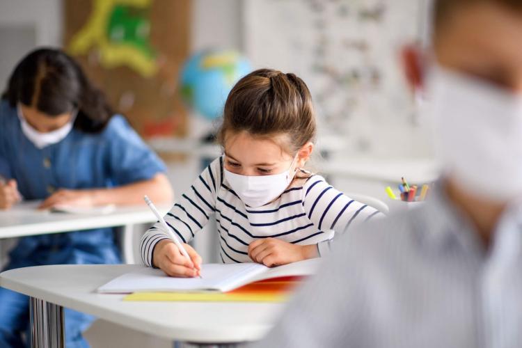 Ce reguli sanitare vor fi în școli în fiecare din cele trei scenarii înaintate de Ministerul Sănătății