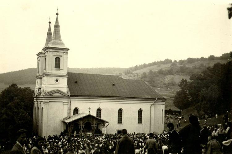 Greco-catolicii cer ca Biserica de zid de la Nicula să nu fie demolată și mutată - VIDEO