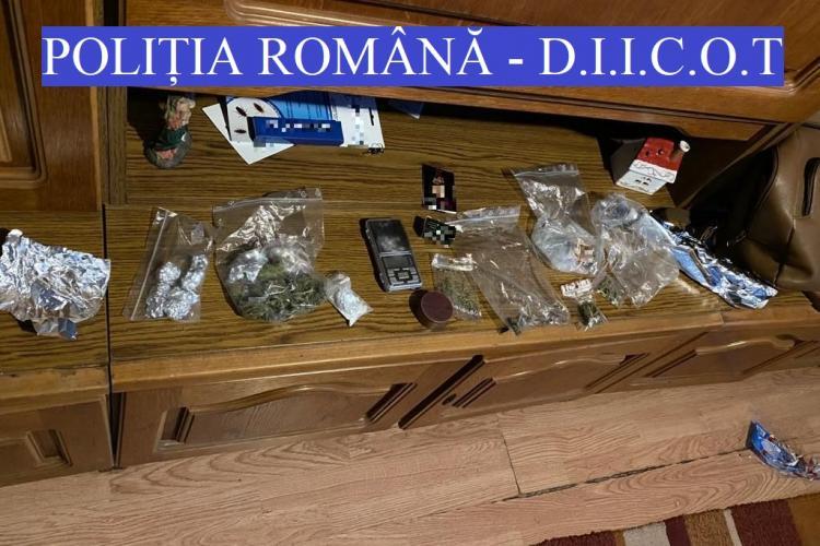 Traficanți de droguri prinși la Cluj-Napoca! Ce substanțe au confiscat oamenii legii FOTO