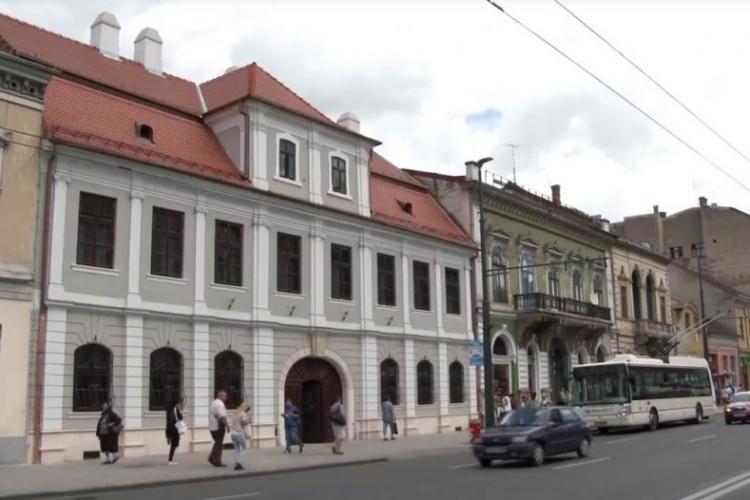 """Elevii de la Școala Gimnazială """"Ioan Bob"""" Cluj merg la școală în două schimburi"""
