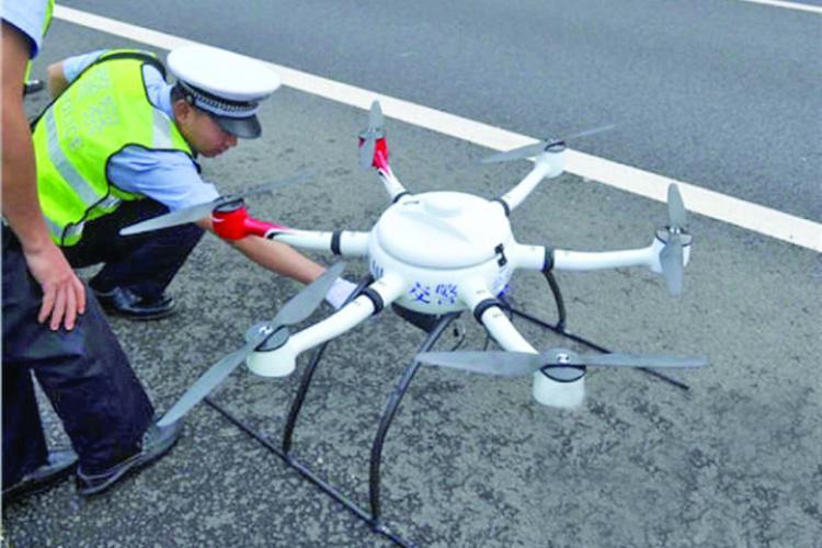 Drone și sute de jandarmi și polițiști VEGHEAZĂ la Mănăstirea de la Nicula. Se va interveni dacă numărul credincioșilor e prea mare