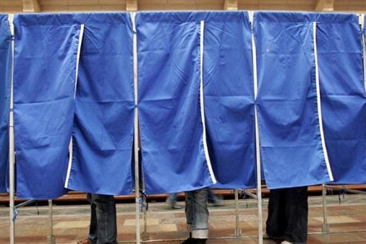 Tentativă de fraudă electorală la Valea Drăganului. S-a oprit votarea