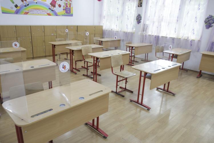 Ce școli din județul Cluj sunt în scenariul ROȘU și cursurile se derulează numai online