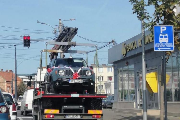 """""""Academicienii"""" de la Poliția Locală Cluj-Napoca au ridicat mașina miresei - FOTO"""