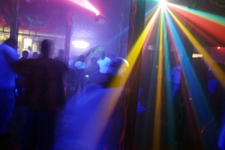 Cluj: Cauza principală a răspândirii COVID-19 sunt petrecerile private: Ajungem apoi să ne plângem că nu avem locuri în spitale