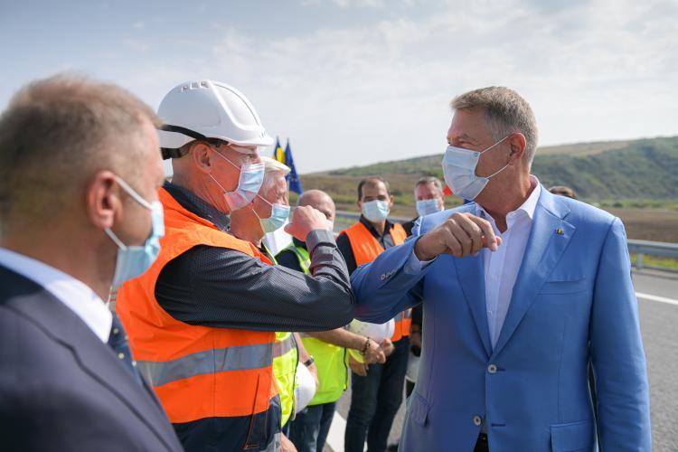 Iohannis este nemulțumit de ritmul construcției de autostrăzi: Trebuie să lucrăm mai repede