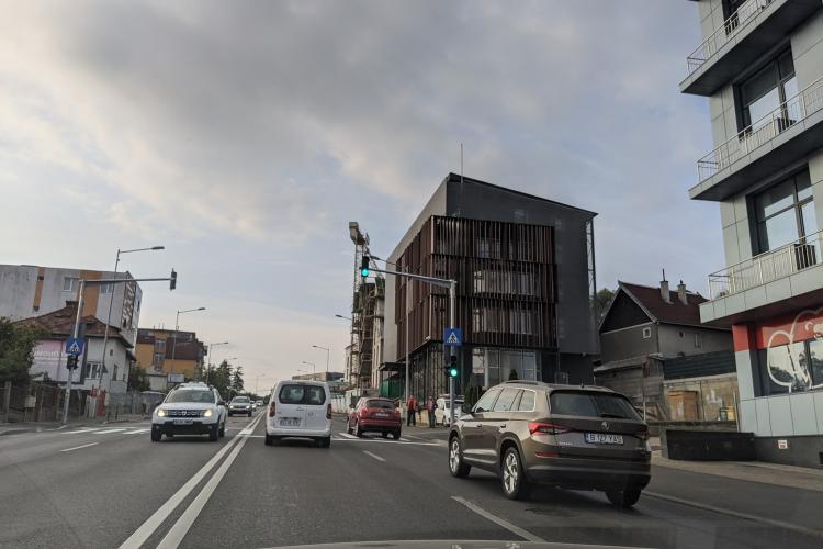 A apărut un nou semafor pe Calea Turzii FOTO