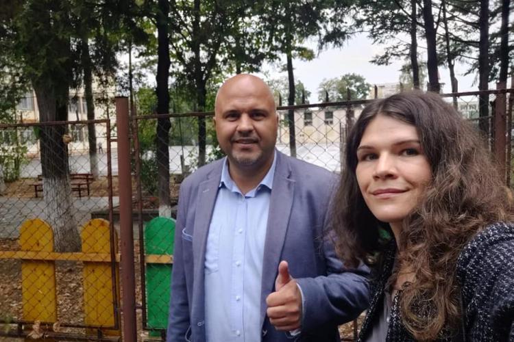 Emanuel Ungureanu, candidatul USR PLUS la Primăria Cluj-Napoca, a votat: Bob cu bob, orice vot contează. Haideți la vot! - VIDEO