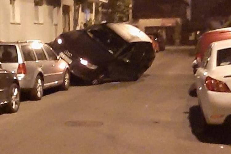 """Atât s-a putut! """"Parcare"""" pe strada Țibleșului, din Grigorescu - FOTO"""