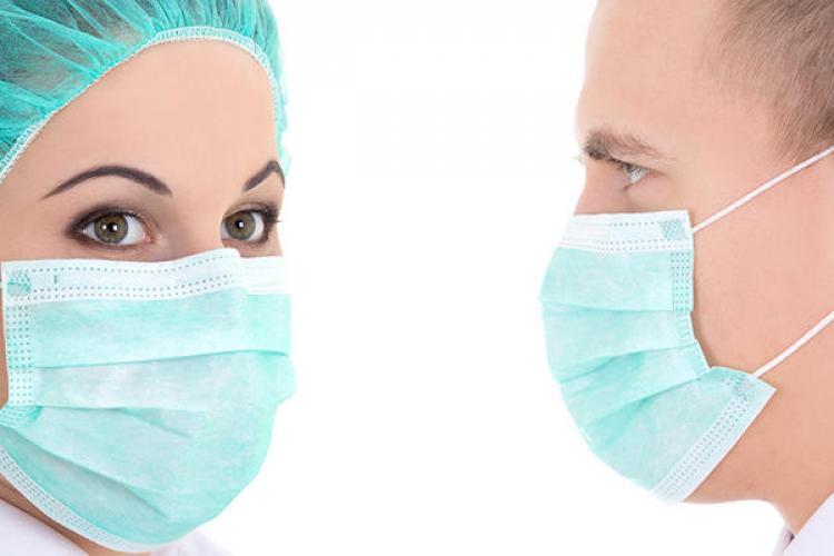 """Masca e o botniță? Ce le spune neurochirurgul Vlad Ciurea celor care cred că masca e o """"botniță"""""""