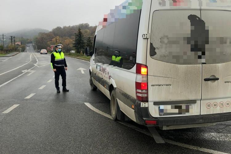 Razie în trafic a polițiștilor din Huedin. Doi șoferi din Mărgău și Poieni s-au ales cu dosar penal