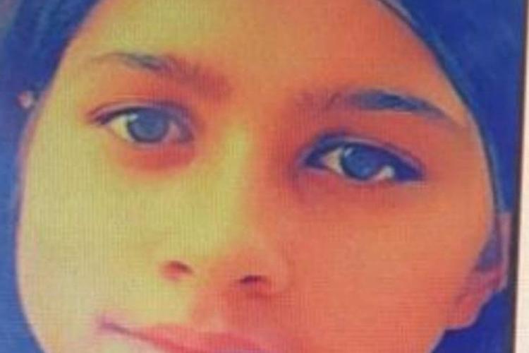 Minoră de 13 ani, dispărută de la Turda. Ați văzut-o? FOTO