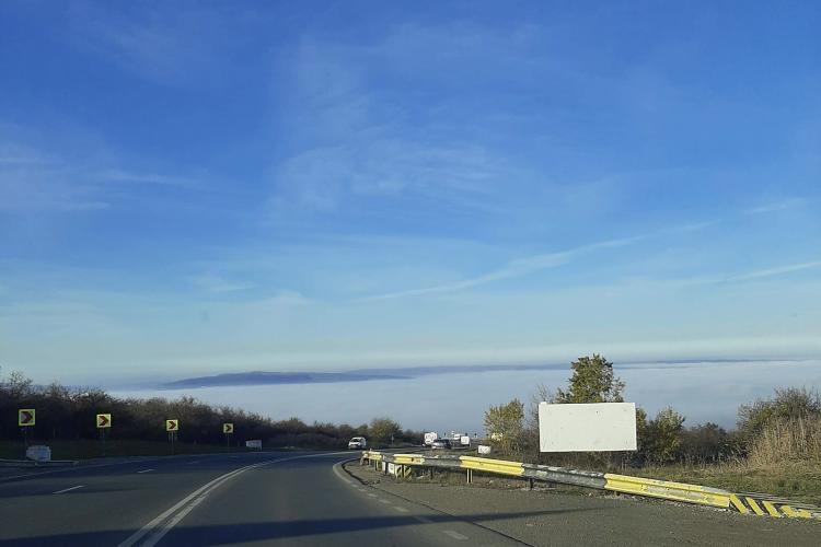 Clujul, acoperit complet de ceață. Cum se vede de pe Feleac FOTO
