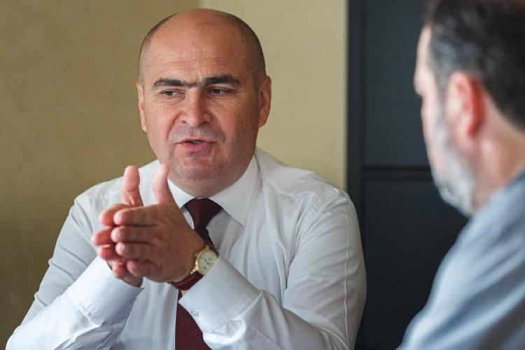 Ilie Bolojan concediază jumătate dintre angajații Consiliul Județean Bihor: Nu au obiectul muncii