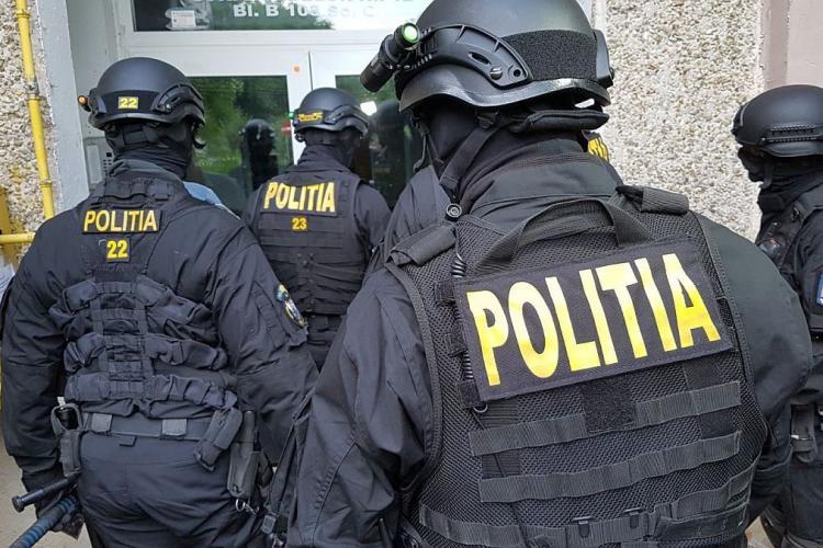 Acțiune împotriva crimei organizate: Sute de percheziți în București, Cluj și alte 26 de județe