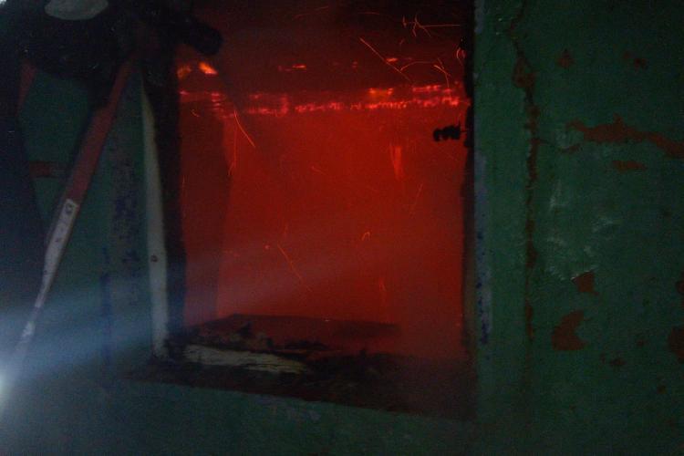 Incendiu în miezul nopții, la o casă dintr-o localitate clujeană. De la ce a pornit totul FOTO