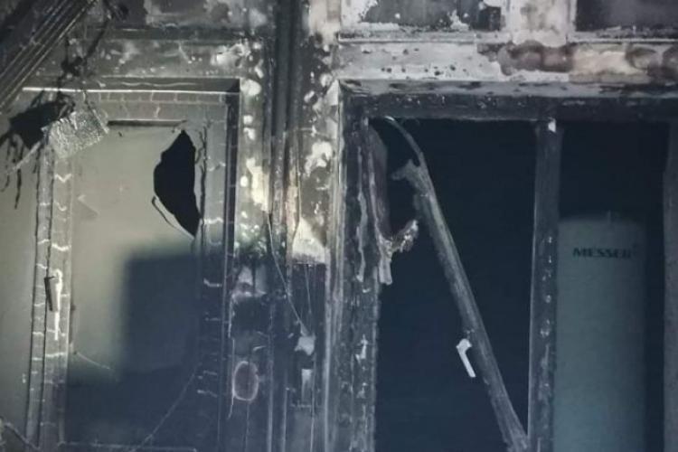 Prefectul despre incendiul din Piatra Neamț: Spitalul a mutat secția ATI fără aprobare