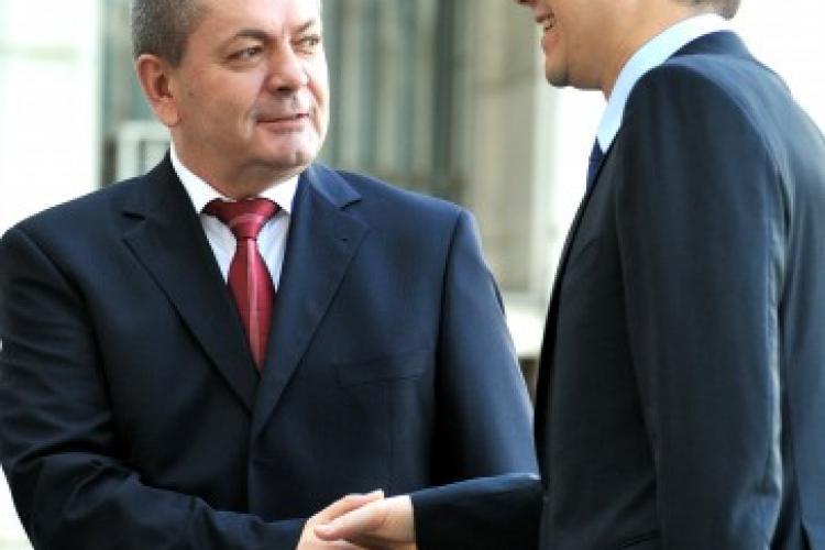 """Ioan RUS: """"Singurul partid care și-a asumat programatic ieșirea din această criză este, fără echivoc, PRO ROMÂNIA"""" (P)"""