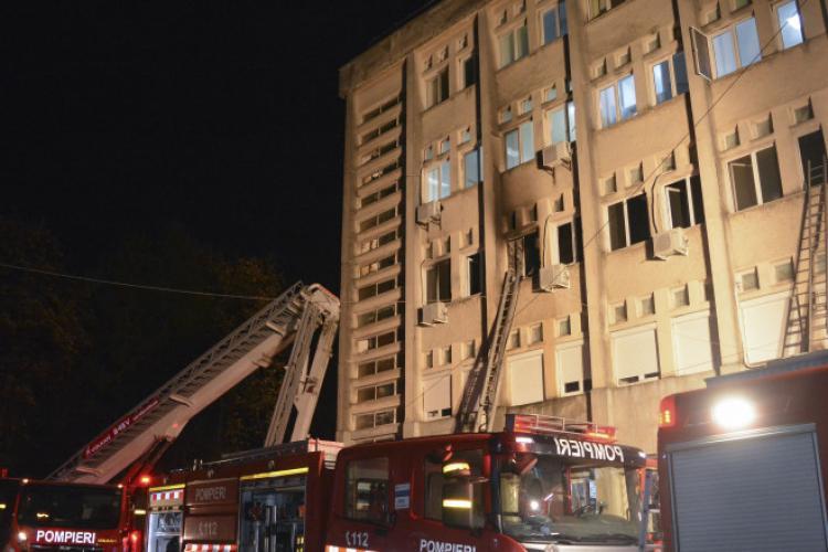 Directorul Spitalului Județean Neamț își dă demisia, în urma incendiului în care au murit 10 oameni