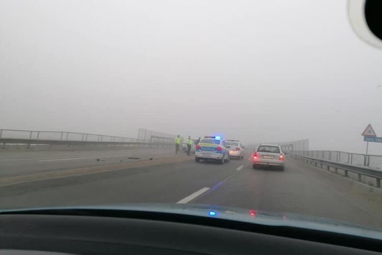 Accident pe centura Vâlcele-Apahida. Un șofer a intrat cu mașina în parapet FOTO