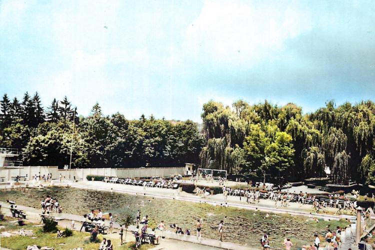 Imagine cu Ștrandul Municipal Cluj în anii 1980. Era cel mai frumos ștrand al orașului - FOTO