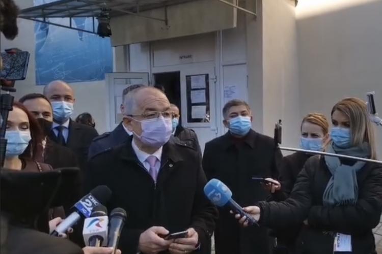 Emil Boc a votat: Îi invit pe clujeni la vot și îi asigur că sunt îndeplinite toate condițiile de siguranță