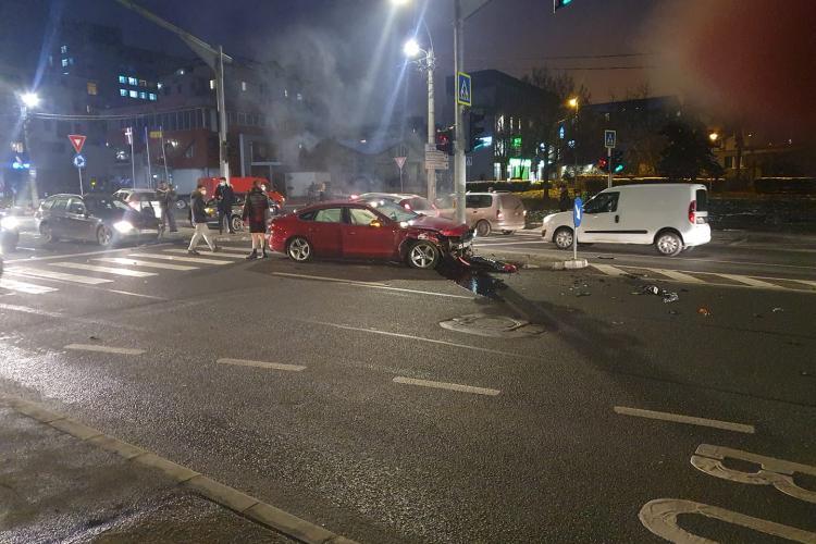 Accident pe strada Observatorului, în Zorilor, între un Audi și un BMW - FOTO