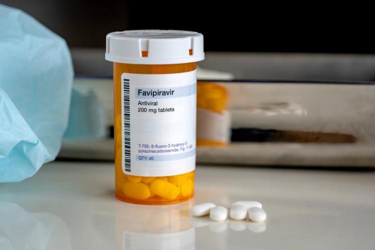 Tratament cu Favipiravir în spitalele din România, în lupta cu COVID-19