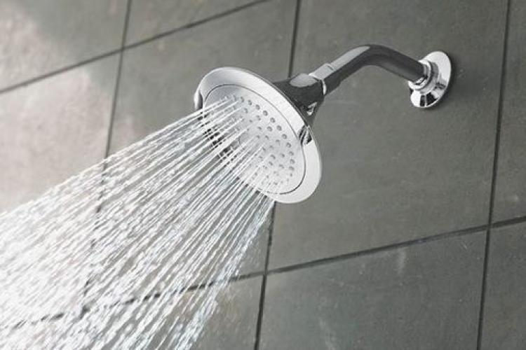 Pandemia a schimbat comportamentul oamenilor: Un sfert dintre britanici nu mai fac duș zilnic