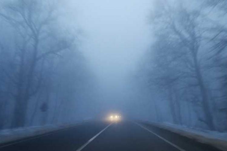 Atenție, șoferi! Cod galben de ceață și chiciură la Cluj. Care sunt zonele afectate