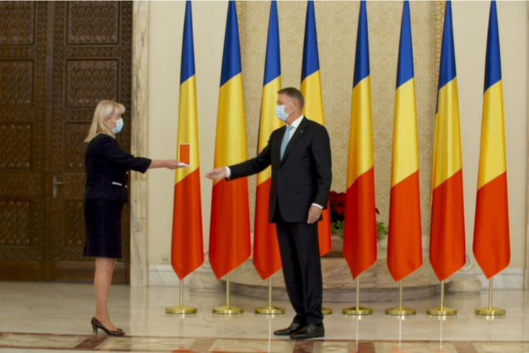 """UMF Cluj a fost decorată de președintele Klaus Iohannis cu Ordinul """"Meritul Sanitar"""" în grad de Cavaler"""