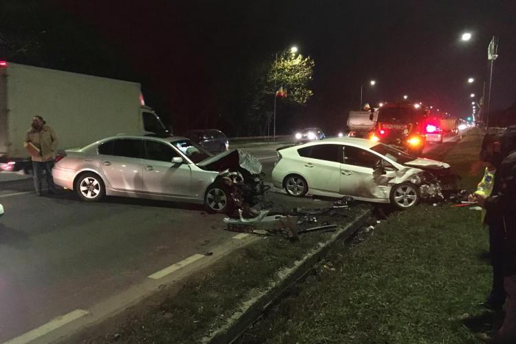 Accident cu victime la Florești. Două mașini s-au făcut praf, după ce un șofer a intrat pe contrasens FOTO