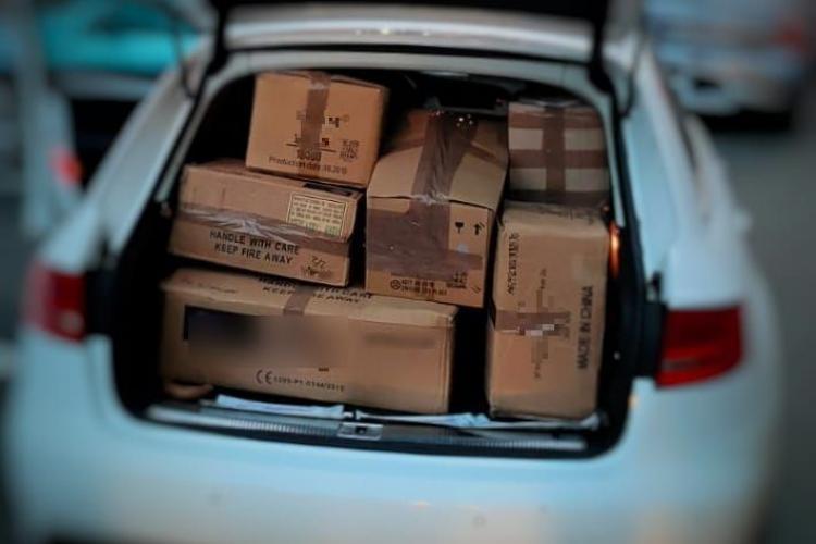 CLUJ: Sucevean prins cu peste 350 de kilograme de petarde și artificii. Încerca să le vândă FOTO