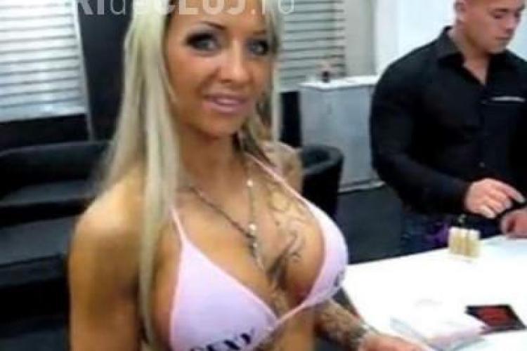 Sexy Cora, un cunoscut star porno de 23 de ani, este in coma dupa al 6-lea implant de silicoane