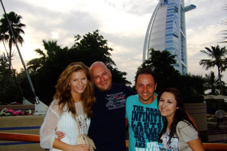 Andra si Catalin Maruta, in Dubai de Revelion, alaturi de Arpad Paszkany si iubita lui Anamaria Feher -VEZI  FOTO