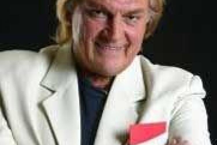 Florin Piersic este primul actor care a primit o stea pe Walk of Fame din Romania